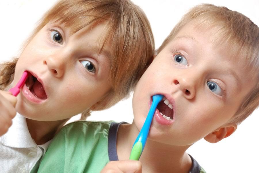 Clínica Dental Dr. López de Calatayud - Vuelta al cole y a los buenos hábitos